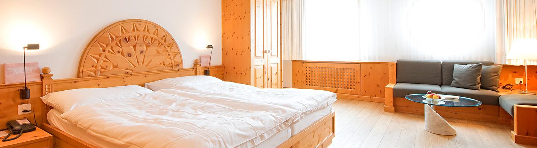 delux room hotel albana hotel lodge thai engadine cuisine silvaplana st moritz. Black Bedroom Furniture Sets. Home Design Ideas